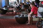 Хотелско обзавеждане по поръчка за лоби бар